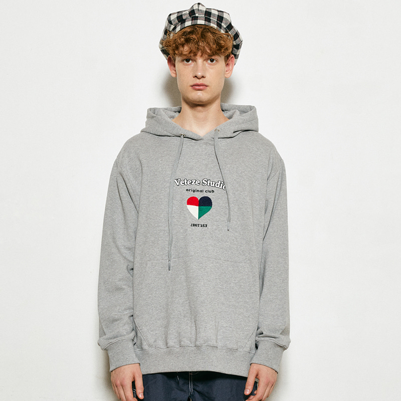 Studio Heart Hood (gray)
